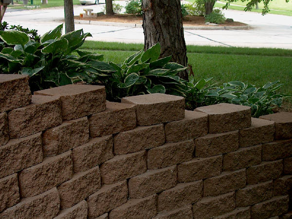 Fresh Start Outdoors Retaining Wall