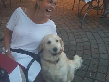 Jantar a pé e com cachorro