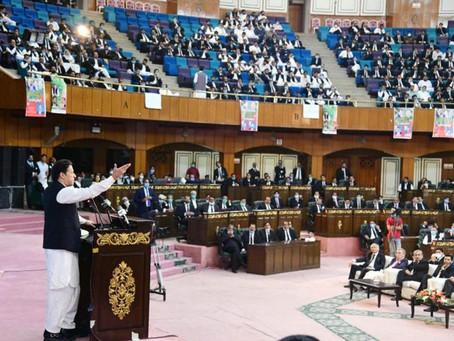 اپوزیشن جتنے مرضی جلسے جلوس کر لے قانون توڑنے پر سیدھا جیل جائیں گے،وزیراعظم عمران خان