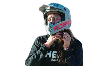 خوشی ہے کہ صحرائی موٹر سائیکل ریلی کے عالمی مقابلے میں حصہ لینے والی پہلی سعودی لڑکی ہوں، دانیا عقیل