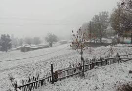 خیبر پختونخوا میں بارشوں اوربالائی اضلاع میں برفباری کا نیاسلسلہ  اتوار  سےشروع ہونے کاامکان