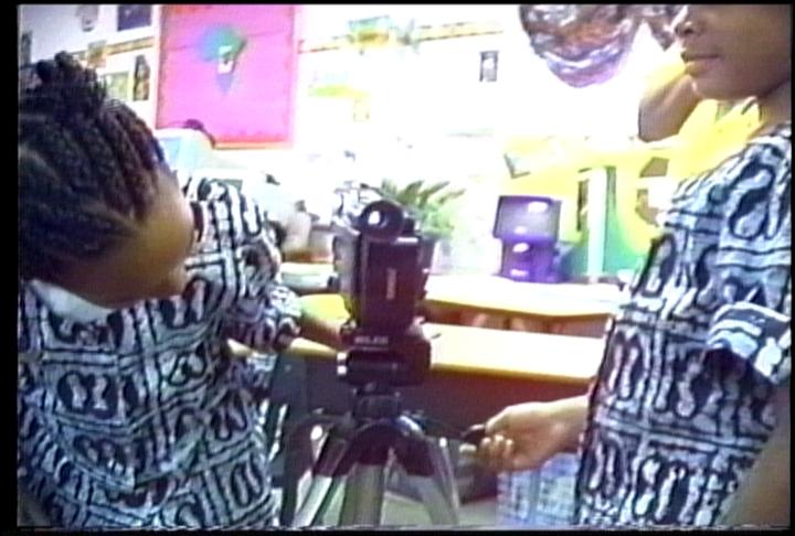 OMUTEKO KIDS AT CLASSROOM_3_2