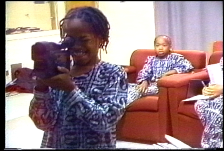 OMUTEKO KIDS AT CLASSROOM2
