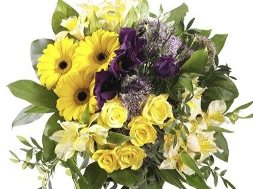 Bouquet con gerbere, roselline, alstromeria, anemoni e verde decorativo