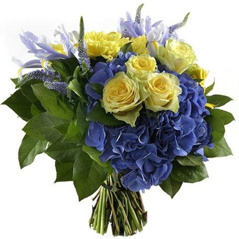 Bouquet di ortensie, rose, iris , veronica con verde decorativo