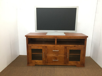 York Tv Unit 1400mm.