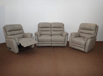 Winconsin 4 Recliner Lounge