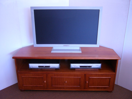 Ray Crn Tv Unit