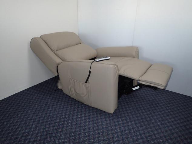 Baltimore Lift Chair 2 Motor Open.jpg