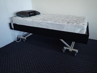 MV90 Hi Lo Adjustable Bed Raised.jpg