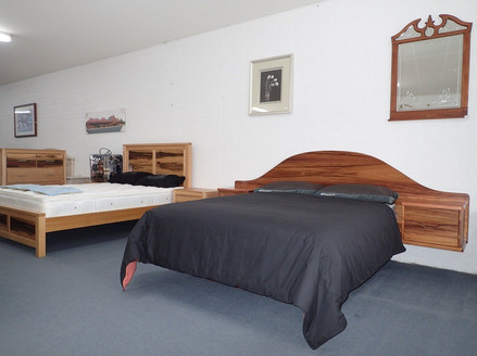 Blackwood Floating Bed