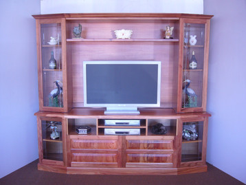 Blackwood  Tv Wallunit