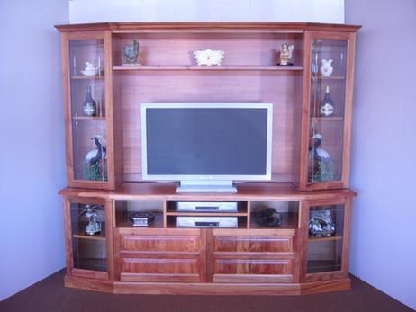 Blackwood  Tv Wallunit