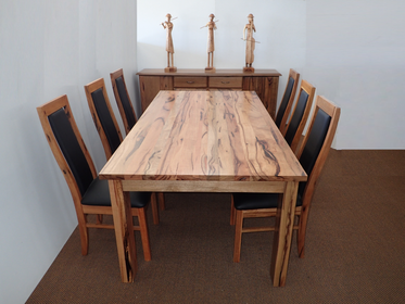 Marri Albany Table  Setting