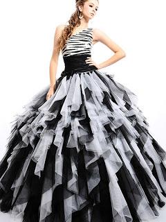 Vestidos de xv color negro con plateado