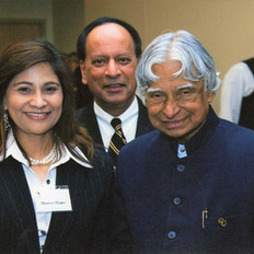 Mumtazwith Former President of India N P