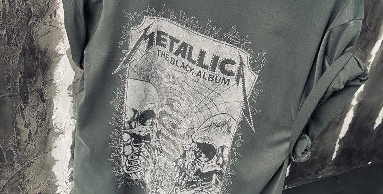 Metallica Stone Band Tee