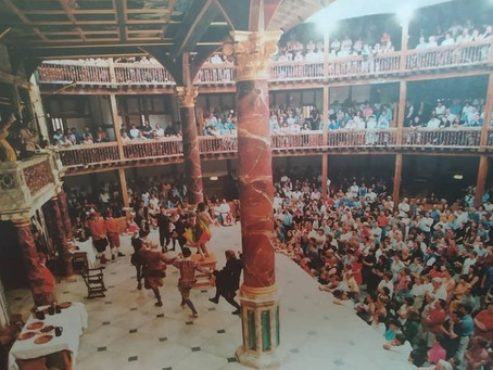 "Shakespeare in 30"" in Brazilian Portuguese"