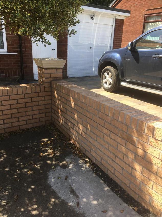 Garden walls 16