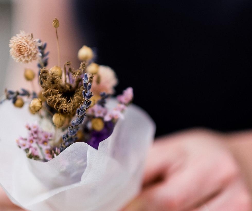 Blumenstrauss aus getrockneten Blumen