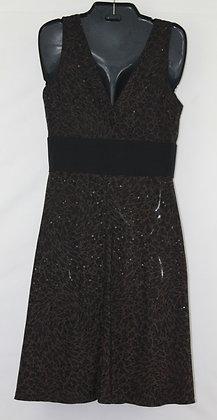 37 blk & brown pattern w sequins v neck medium