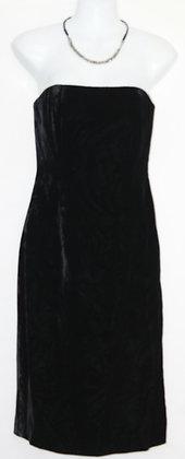 6. Sexy Black Strapless Velvet Dress