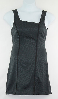 19. Black Sleeveless Floral Pattern Dress