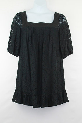 58. Adorable Black Lace Dress