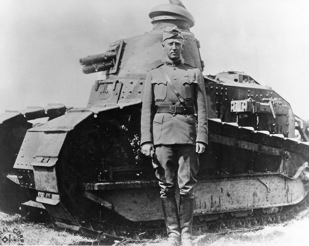 1024px-George_S._Patton_-_France_-_1918