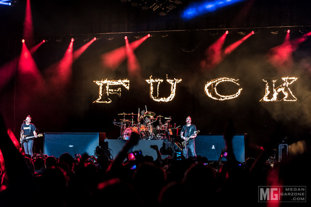 Review: Blink-182 at the Perfect Vodka Amphitheater