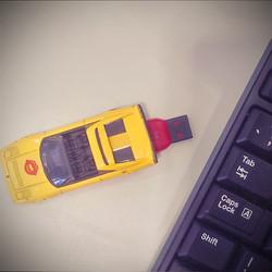 Toy car flash drive