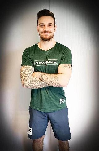 Victorien Champion qui est coach et propriétaire de la salle de CrossFit Genum qui est proche d'Agen
