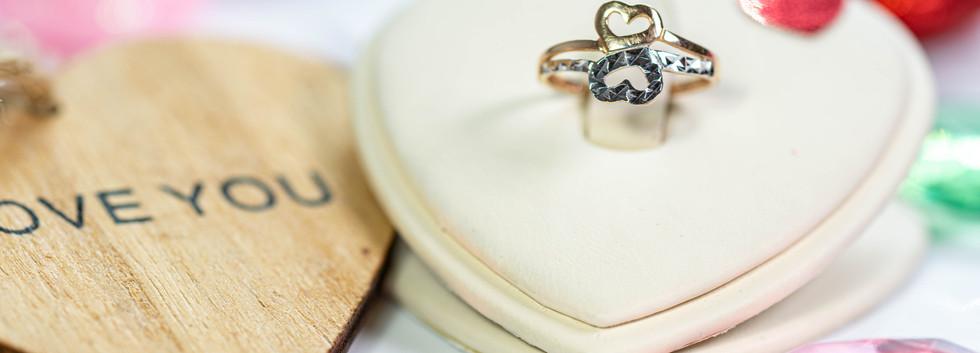 Всего 2300 за кольцо!
