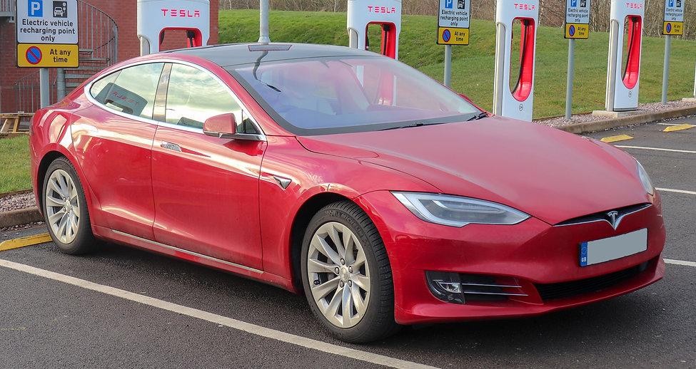 2018_Tesla_Model_S_75D.jpg