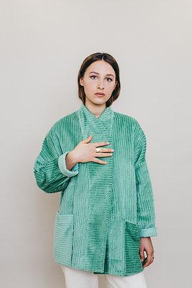Veste loose velours verte amande manches kimono JULIA Fabriquée à Paris