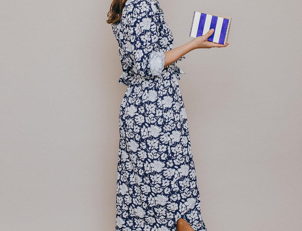 Robe longue forme chemise LUNA  collection capsule Grandes Fleurs profil et sac