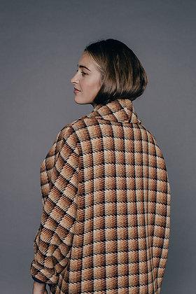 Manteau graphique orange VICTORINE Sixsoeurs Fabriqué à Paris dos tombé épaule