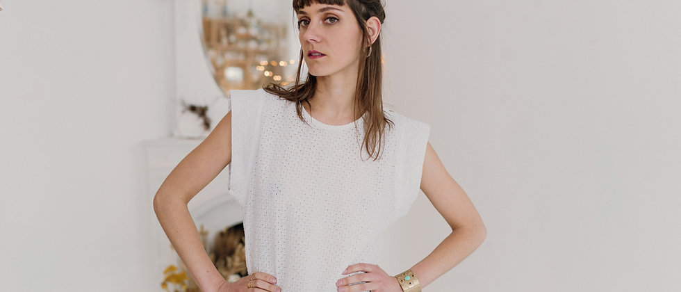 TOP PERRINE MANCHES COURTES BRODERIES ANGLAISES