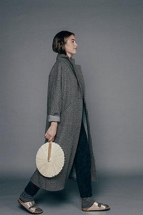 Manteau long à carreaux LYSIANE Sixsoeurs Fabriqué à Paris profil