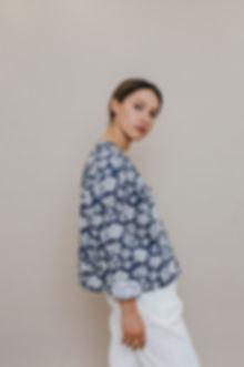 chemise-meryl-fleurs-forme-boule-sixsoeu