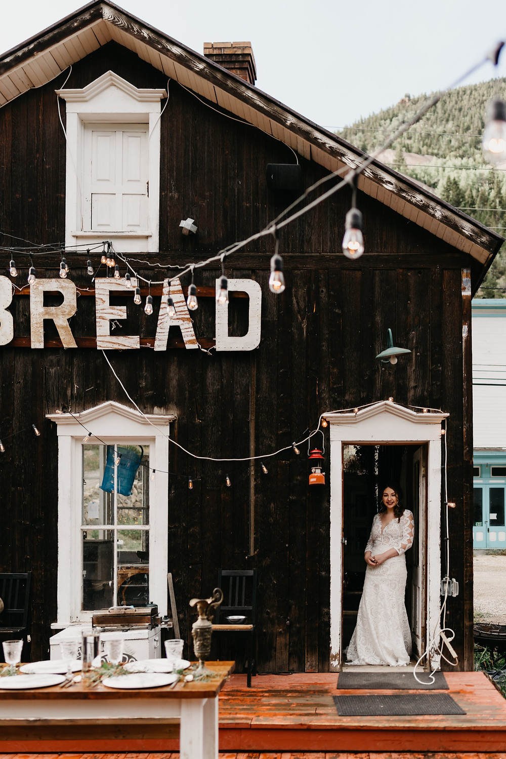 Bride Getting ready at Bread bar silver Plume Colorado
