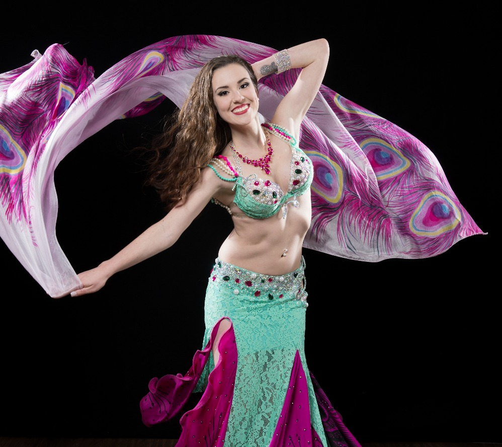 Kenzie - belly dancer in Buffalo, NY