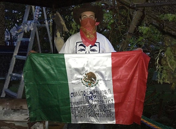 Art warning the World, Mexico - Eats Mtx and his flag with the Klaus Guingand sentence in Spanish / Black marker pen / Signed