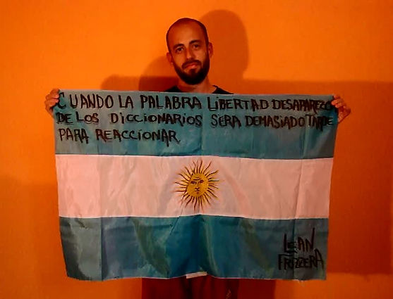 Art warning the World ,Argentina -  Lean Frizzera and his flag with the Klaus Guingand sentence in Spanish / Black painting / Signed