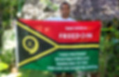Art warning the World, Vanuatu - Ralph Regenvanu and his flag with the Klaus Guingand sentence in Bislama /Flag: 35,5 x 59 in./ Sentence white serigraphy / Signed
