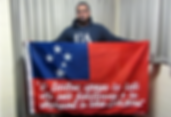Art warning the World, Samoa - Lalovai Peseta and his flag with the Klaus Guingand sentence in Samoan / Flag: 35,5 x 59 in. / Sentence white paint / Signed
