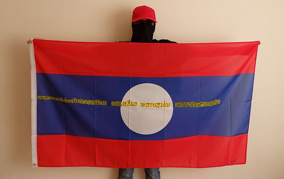 Art warning the World,, Laos - Reijirō and his flag with the Klaus Guingand sentence in Lao / Yellow & black paint / Signed