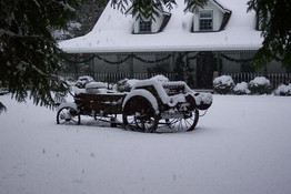 Winter house and wagon.jpg