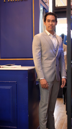 suit_191008_0080.jpg