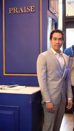 suit_191008_0117.jpg